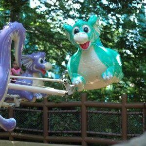 Land of the Dragons - Flutter Sputter - Kiddie Ride - 2014