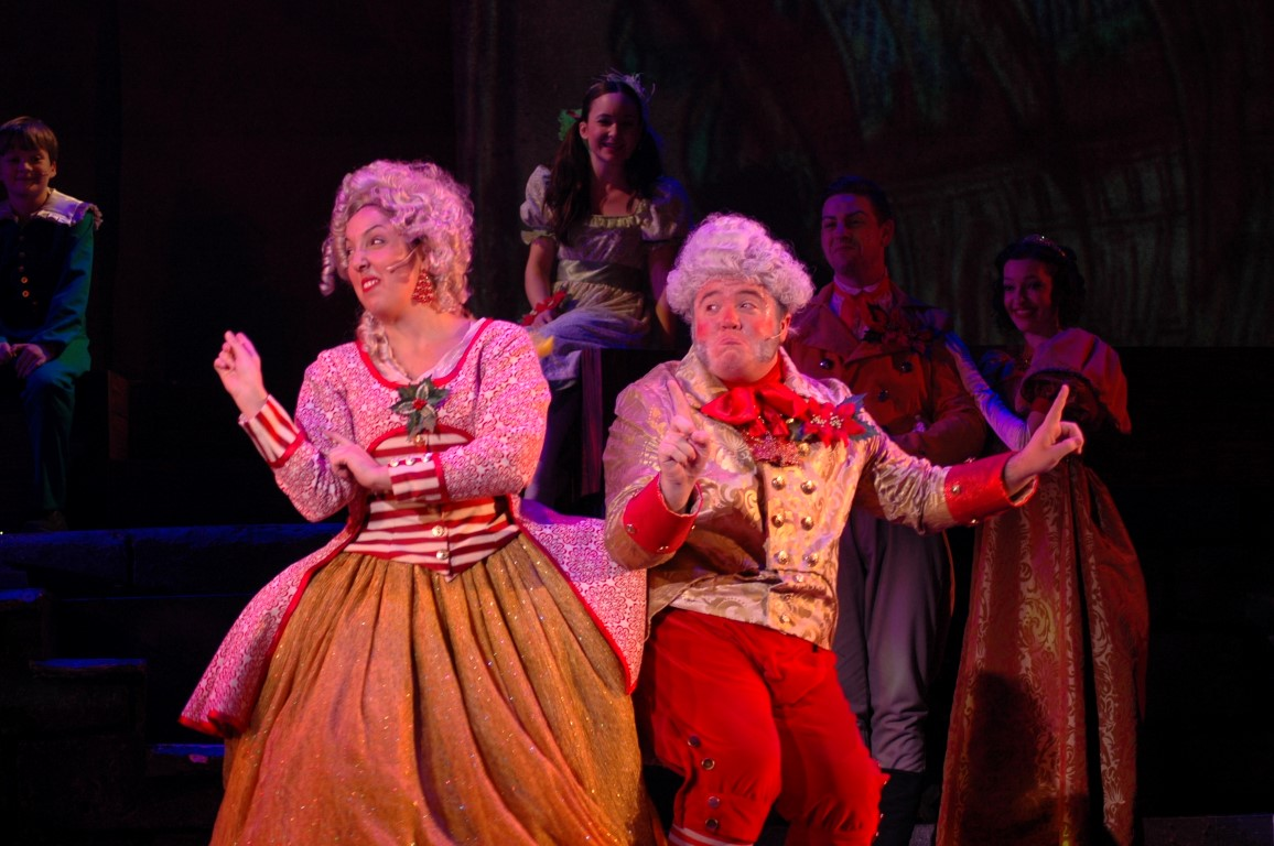 Busch Gardens Pass Members Get 5 Off Christmas Town Attraction Chasers